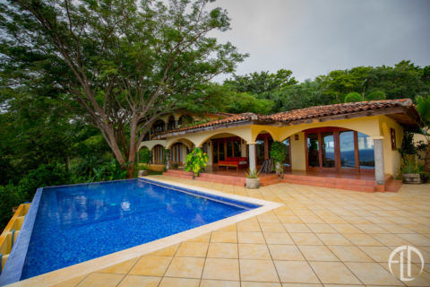 Casa Bella at Finca Las Nubes