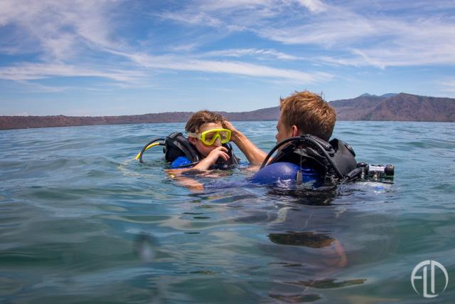 Family Scuba Dive in Laguna de Apoyo